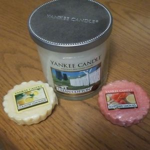 🌲Brand new 7oz yankee candle and 2 tarts